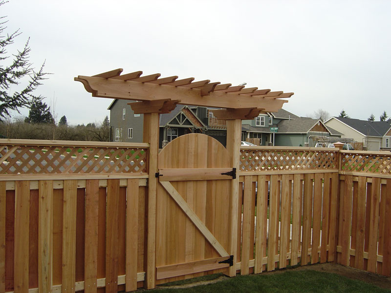 Replace a New Gate in a Wooden Fence - Yahoo! Voices - voices